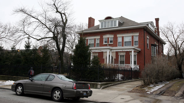 PHOTO: U.S. Democratic presidential candidate Illinois Senator Barack Obama house is seen March 3, 2007 in Chicago, Illinois.