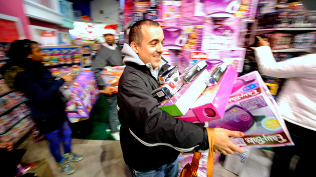 "PHOTO: Black Friday Midnight Openings Prove ""Well Worth It"" for Retailers"