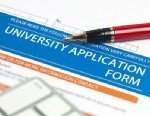 PHOTO: College application