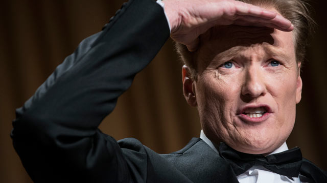 PHOTO: Comedian Conan O'Brien performs during the White House Correspondents Association Dinner April 27, 2013 in Washington, DC.