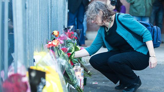 PHOTO: Anniversary of Tuscon Shooting