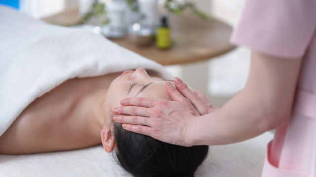 PHOTO: Give the Gift of Massage to Relieve Holiday Stress