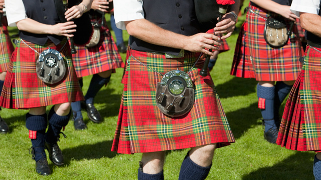 PHOTO: A Bagpipe band plays in Pitlochry, Scotland.