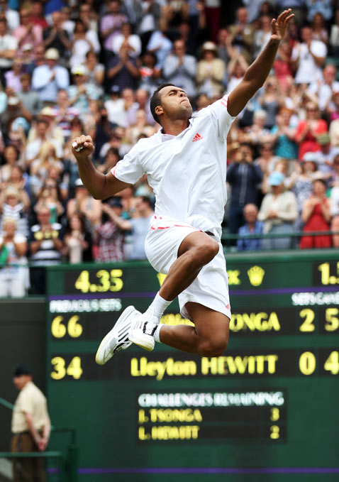 gty tennis dm 120626 blog Today in Pictures: Wimbledon Lawn Championships, Tal Law Replacement, Egypts New President