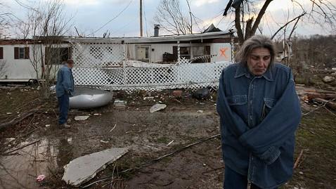 gty tornado 3 jt 120303 wblog Obama Calls Governors of Storm Ravaged States