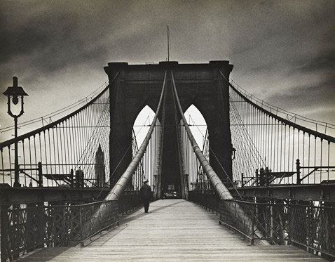 ht 03 Alland Untitled Brooklyn Bridge ll 120124 wblog The Radical Camera: New Yorks Photo League