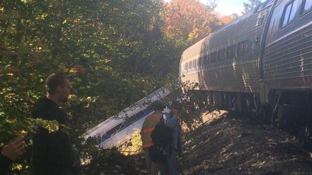http://a.abcnews.go.com/images/US/ht_amtrak_train_derailed_vermont3_wg_151005_16x9_608.jpg