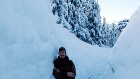 ht cordova snow 4 jef 120109 wblog Snowpocalypse 2012 For Small Alaskan Town