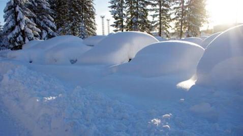 ht cordova snow 6 jef 120109 wblog Snowpocalypse 2012 For Small Alaskan Town