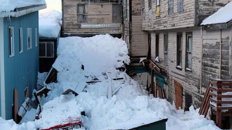 ht cordova snow 8 jef 120109 wblog Snowpocalypse 2012 For Small Alaskan Town