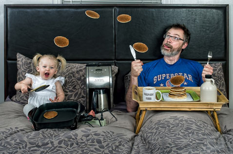 ht dave engledow portraits pancakes thg 120926 wblog Alice Bee and The Worlds Best Father