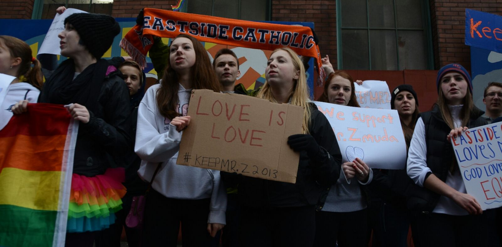 PHOTO: Alumni and students from Seattles Eastside Catholic School protest Sunday, Dec. 22, 2013, to demand the reinstatement of former vice principal Mark Zmuda.