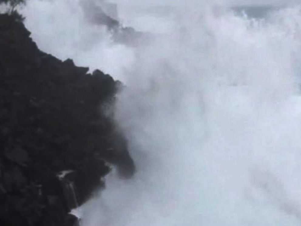 PHOTO: The surf in Hawaii before Tropical Storm Iselle, Aug. 7, 2014.