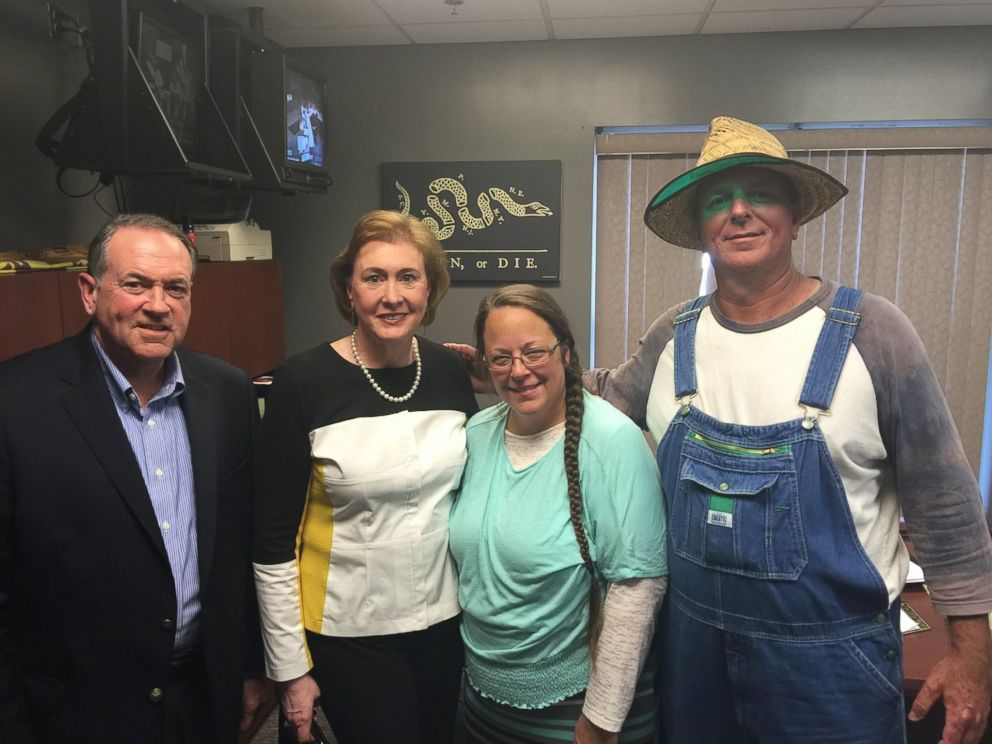 PHOTO: This photo was uploaded to Mike Huckabees Facebook on Sept. 8, 2015 with the caption, I was honored to meet with Kim Davis. A woman of such strong faith and conviction. #ImWithKim.