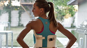 Photo: Teen with Scoliosis Sheds Body Brace for Marathon Relay, Charity: Dallas Girl Spends 20 Hours a Day in Plastic Brace, Runs and Swims When Shes Free