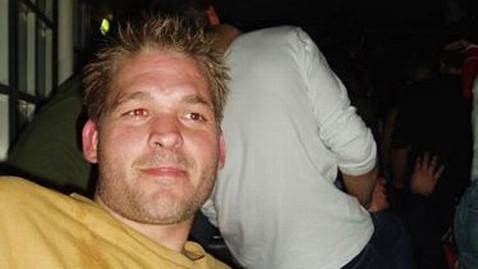 ht ovar arnarson lpl 130327 wblog Helmet Cam Shows Dying Skydivers Heroism