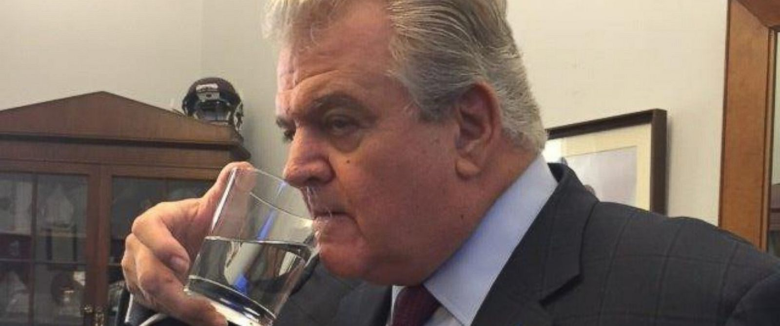 PHOTO: Representative Bob Brady, D-Pa., drinks out of the glass that Pope Francis drank out of during his speech to Congress Sept. 25, 2015.
