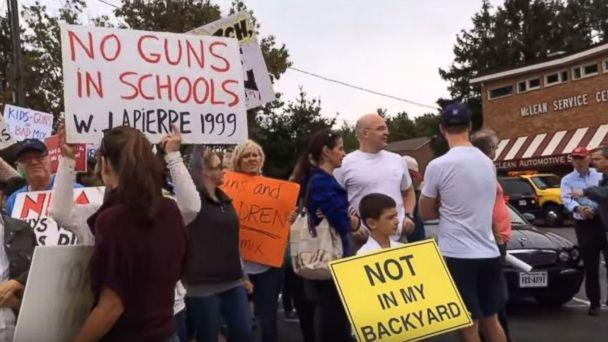 http://a.abcnews.go.com/images/US/ht_protest_02_lb_151006_16x9_608.jpg