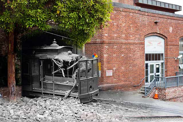 ht san francisco cable car barn ll 130410 wblog San Francisco: 1906 Earthquake and Now   in Composite
