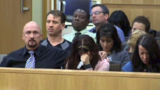 PHOTO: The family and friends of Travis Alexander listen as Jodi Arias testifies during her murder trial in Phoenix.
