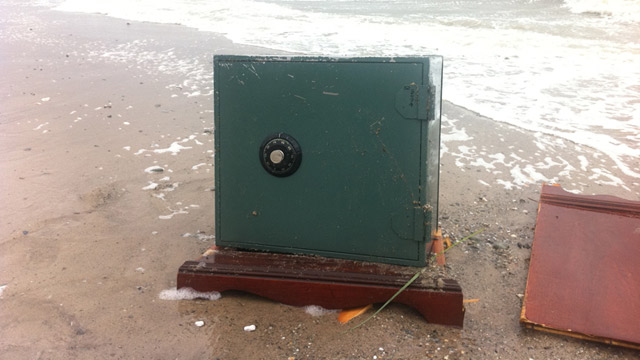 Safe Washes Up on Connecticut Shore