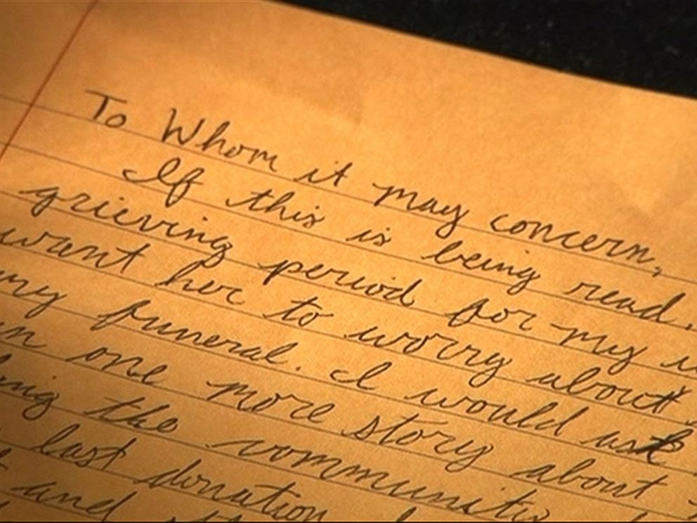 PHOTO: Shortly after her husband passed away, Ashley Whisenhunt found a stash of letters that he left behind for his family and members of the community.