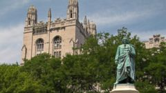 PHOTO: The Carl von Linne Monument is pictured in the Midway Plaisance of the University of Chicago in the Hyde Park neighborhood, circa 2013.