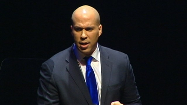 VIDEO: Mayor Cory Booker rescues female neighbor from her burning home.
