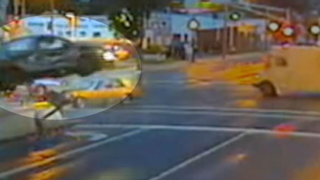 VIDEO: Shocking Car Crash Video Released to Deter Running Red Lights