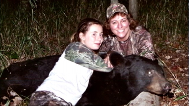 VIDEO: Kaitlynn Bessette, 11, shot a 335-pound bear as she waits for a heart and liver transplant.