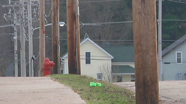 VIDEO: Residents of Clintonville, Wis., are on edge from underground noises.