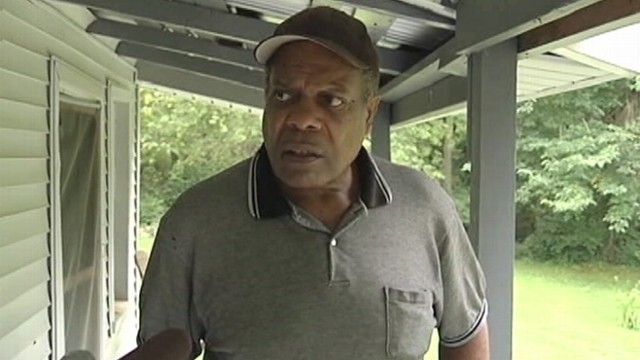 VIDEO: Allen Brooks of Tennessee says he accidentally called 911 in his quest to get beer.