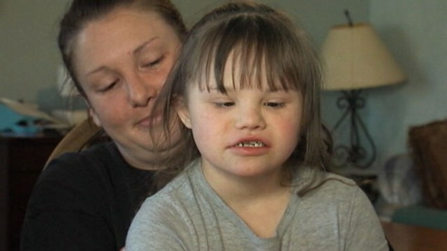 VIDEO: Nate and Shaylyn Searcy want to know why their 8-year-old daughter was disciplined with tape.