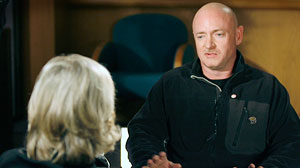 PHOTO Mark Kelly speaks with Diane Sawyer.