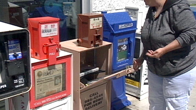 PHOTO:Newspaper thefts are on the rise, due to extreme savers who want more coupons.