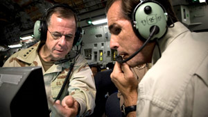 Bob Woodruff and Admiral Mike Mullen in Iraq