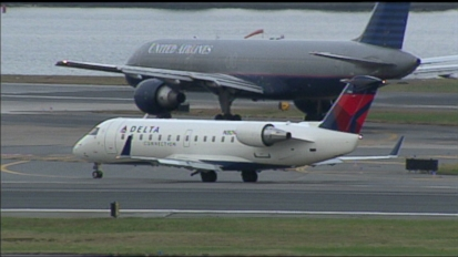 FCC to Discuss Cellphone Policy on Airplanes