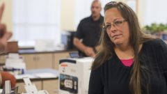 VIDEO: Kim Davis Discusses Secret Meeting With Pope Francis