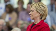 VIDEO: WN 10/07/15: Hillary Clinton Disagrees With White House on Pacific Trade Deal