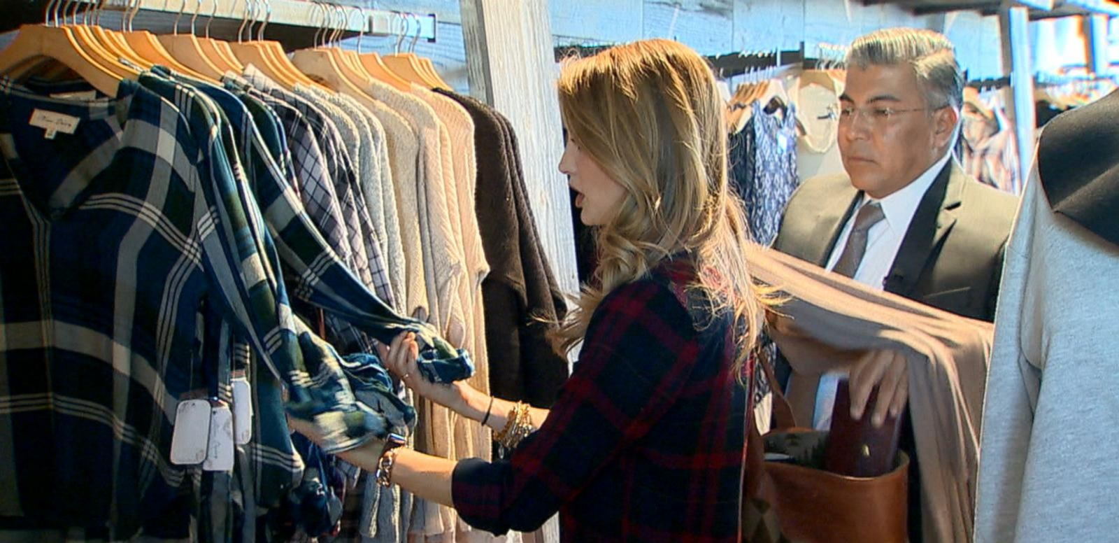 VIDEO: Consumer Alert for Shoppers Around Holiday Season