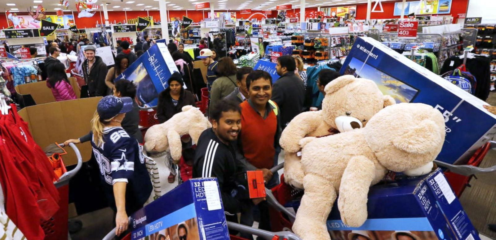 VIDEO: Black Friday Shoppers in Force All Across the Country