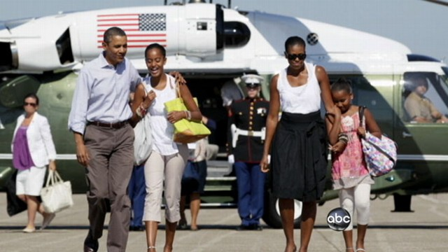 VIDEO: Presidents planned holiday comes in the midst of dire economic times.