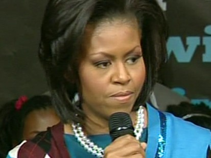 VIDEO: Michelle Obamas fashion impresses