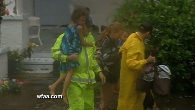 VIDEO: Floods leave Gulf Coast towns questioning preparedness.