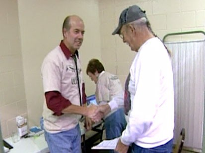 VIDEO: Free health care clinic in Arkansas