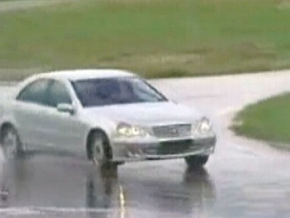VIDEO: Elisabeth Leamy on how to regain control of your car if hydroplaning.