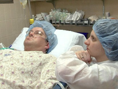 VIDEO: Cameras are rolling as doctors race to get donor lungs to the OR.