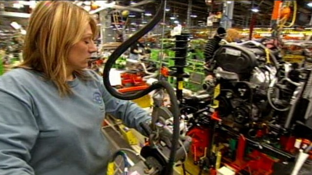 VIDEO: Two years after emerging from bankruptcy, the auto company breaks record.
