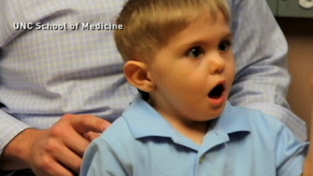 VIDEO: Three-year-old boy is able to hear thanks to a remarkable new procedure.