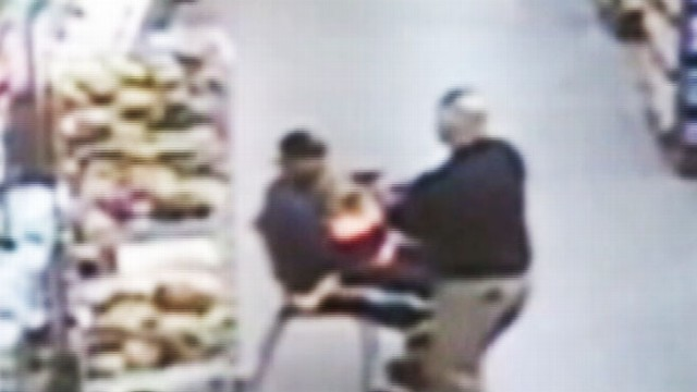 VIDEO: Intervenes after stranger allegedly snatches child from shopping cart, holds her at knifepoint.